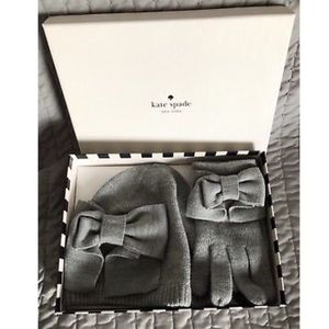 NWT Kate Spade Dorthy Bow Beanie And Glove Box Set